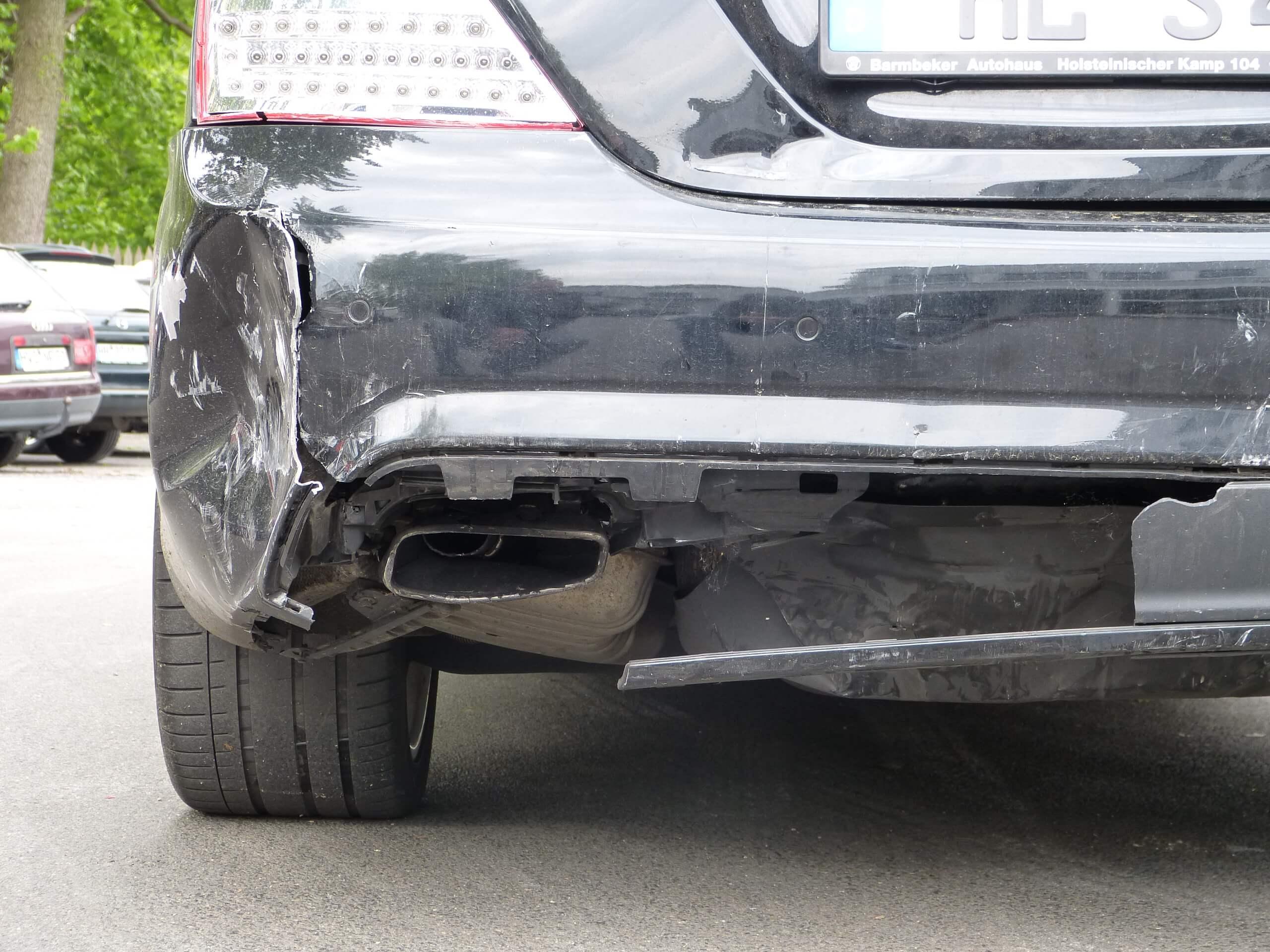 Gutachten_Heckschaden_Mercedes_S350
